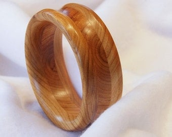 Bracelet from 3 layers of cherry wood, handmade, unique, AR017 turned,
