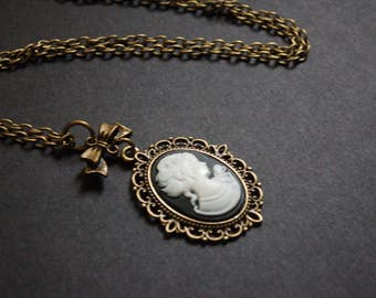 Regency lady cameo necklace