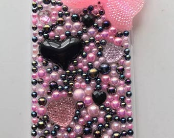 Pink and black hearts iPhone 7 case
