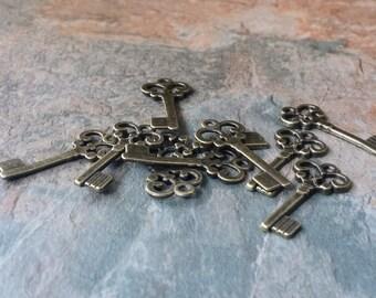 Bronze Keys, Jewellery Making, Embellishments, Bronze Miniture Key Charm 10  x 10 mm Craft, Crafting, Scrapbooking, Charms, Key Charms