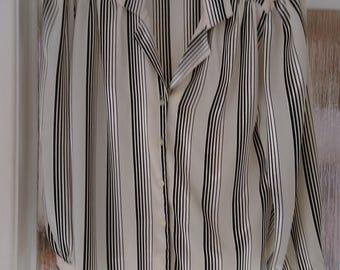 Vintage 1990's Cream & Black Striped Satin Feel Blouse.   UK Size 14