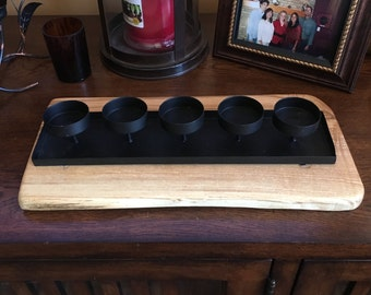 Natural wood candle holder for 5 tea candles, black metal on natural wood base