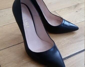 Decollete leather uk5 eu38 office shoes