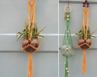 Small, GREEN macrame plant hanger