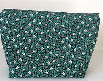 Toiletry Bag - Green Flowers Make up bag Necessaire Cosmetic Bag