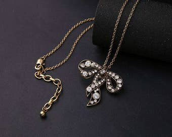 Vintage Bow Crystal Necklace