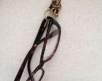 Necklace for your glasses