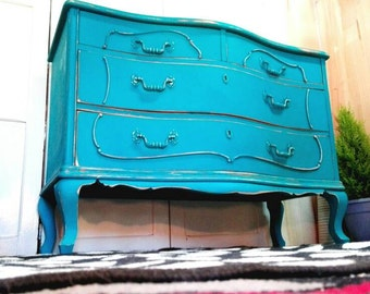 Comfortable Shabby Chic turquoise