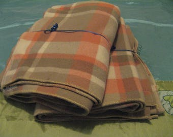 2 x Vintage Torrenside 100% wool blankets size single beautiful condition! Winter is Coming!