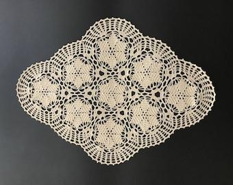 Rhomboid crochet