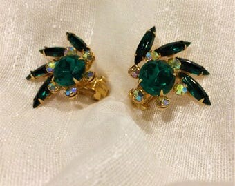 BEAU JEWELS Vintage 1950's emerald and aurora borealis crystals
