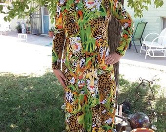 Vintage 1960s 1970s Leopard Tropical Jungle Green Long Sleeve Maxi Loungewear Polyester Dress