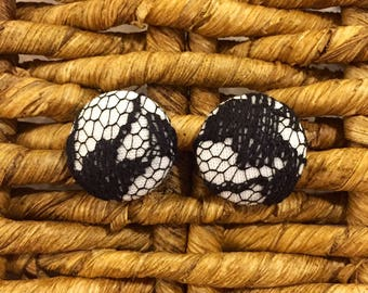 Fabric and Lace Button Earrings / Black and white