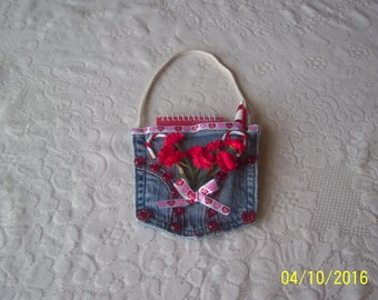 Pad Pocket with notepad and pen. Free Shipping in U.S.