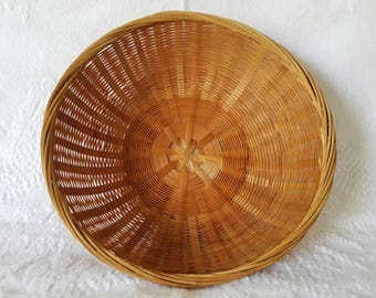 Vintage Woven Round Basket / Wall Basket