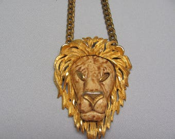 RAZZA Lion Necklace.