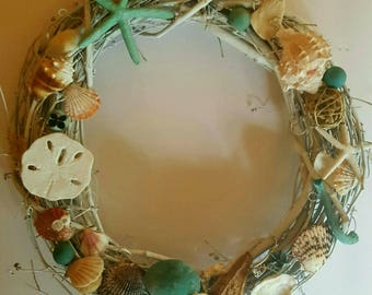 costal seashell wreath