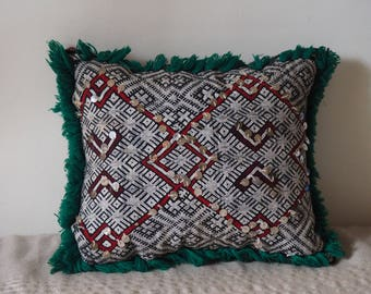 Embellished Vintage kilim cushion | Kilim cushion | Express Int'l Shipping - Unfilled
