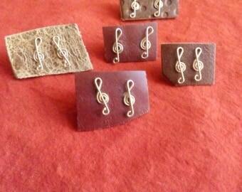 Stud Earrings of musical notes