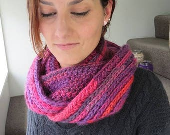 Pretty in pink knit stitch infinity scarf