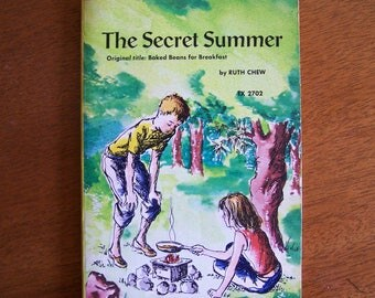 The Secret Summer by Ruth Chew - Children's Book - Original Title:  Baked Beans for Breakfast - Scholastic Paperback TX 2702