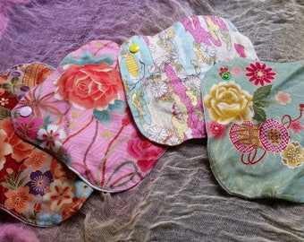 Cloth pads   a set of 4
