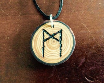 Rune pendant M mannaz A ansuz O odal/othala J jera