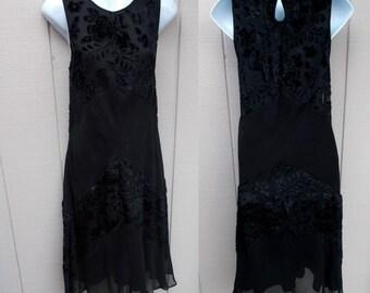 Vintage 90s Black Burnout Velvet A-Line Dress / High neck bodice / Wiccan Witch Boho Hippie Goth Grunge Punk // Sz Sml