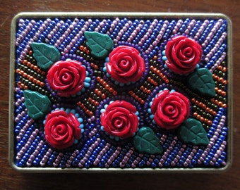 Red Rose Beaded Belt Buckle