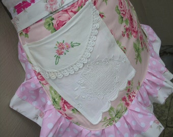 Womens Rose Aprons -  Aprons with Pink Roses - Shabby Chic Aprons - Lace Aprons - Pink Aprons - Annies Attic Aprons -  Aprons with Lace