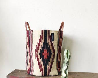 Woven Bucket- Neutral Aztec Pattern