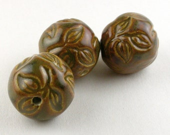 Brown Leaves Beads, Brown Porcelain Beads, Leaves Porcelain Beads, Nature Bead Set, Three leaves Bead Set, Round Brown Beads, Pottery Beads
