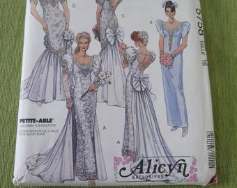 Vintage McCalls 5758 Misses Bridal Gowns and Bridesmaid Dress Sewing Pattern sz 16 B38