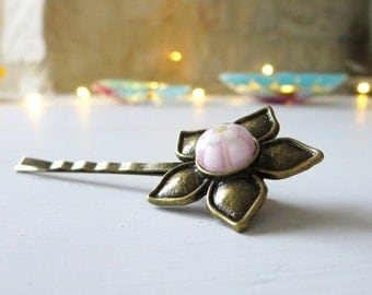 Flower Bobby Pin, Brass and Fused Glass Hair Accessory, Handmade Fused Glass Jewellery, Sweet Pink Glass Flower on Brass