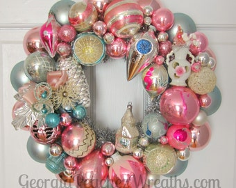 "Vintage Shiny & Brite Christmas Ornament Wreath 4616 - 15"" diameter"