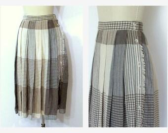 Pleated Skirt/ 80s Plaid High Waist Side Button Pleated Skirt Liz Claiborne SZ M