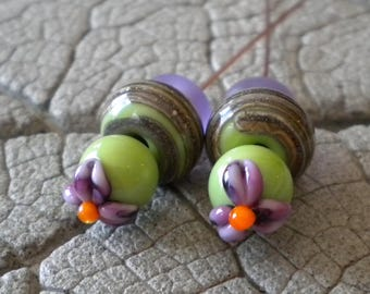 Purple Floral Green Pairs and Headpins Lampwork Beads by Cherie Sra R114 Disk Flameworked Beads Headpins 20 Gauge Copper Headpins  Beads
