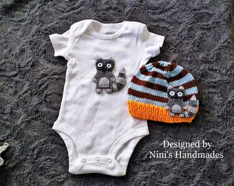 Raccoon inspired Baby Bodysuit and Beanie Set, knit hats, newborn baby gift, baby shower gift, hospital outfit, Newborn photography raccoon