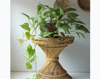 Vintage woven wicker bamboo side/accent table - plant stand - bohemian modern