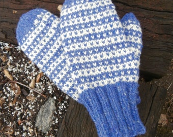 Hand knit New England wool mittens in thistle and cream