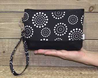 Wristlet Wallet For iPhone 7 Plus In Otterbox, Samsung Galaxy Note, S6 S7 Edge, Cell Phone Purse or Clutch / Black White Dots