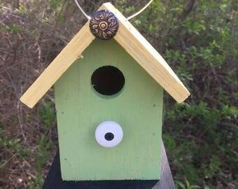 Primitive Birdhouse Green Yellow Upholstery Tack Chickadee Wren Cute Songbirds