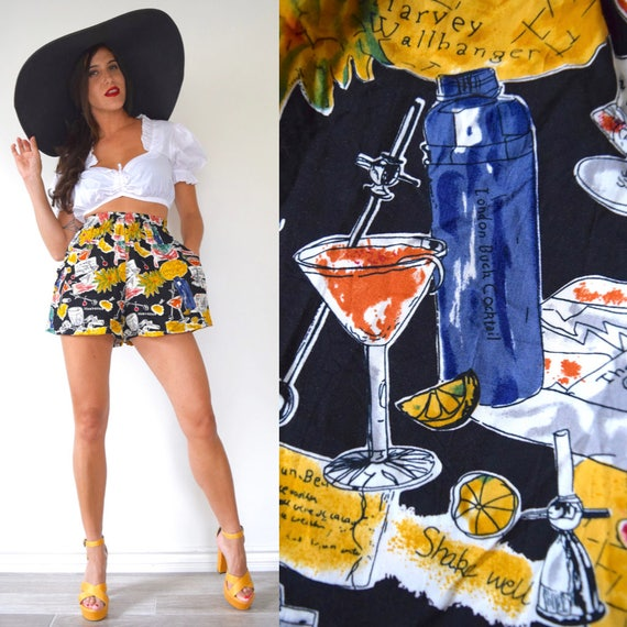 Vintage 80s 90s Five'o'Clock Somewhere Novelty Print High Waisted Tap Shorts (size small, medium)