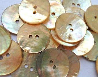 6 Vintage shell buttons beautiful yellowish to orange color, great for button jewelry 23mm