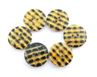 6 Vintage buttons unique design plastic 20mm