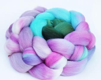 """BFL Wool Combed Top Gradient Ombre Spinning Fiber, 4 oz, """"Crystal"""""""