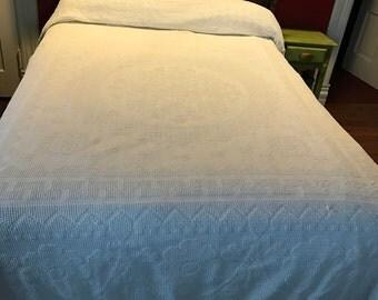 Vintage Bates Hobnail Chenille Thinner Floral Design White Bedspread with Fringe