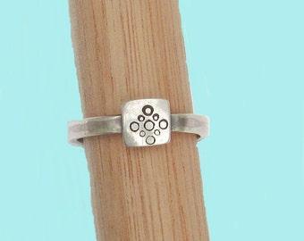 Sterling Silver Ring Square Bubbles Design