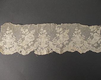 Antique lace cuff Victorian era
