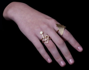 Ellen Ring, Gold Statement Ring, Gold Triangle Ring, Geometric Gold Ring, Minimalist Gold Ring, Gold Cocktail Ring, Statement Gold Ring